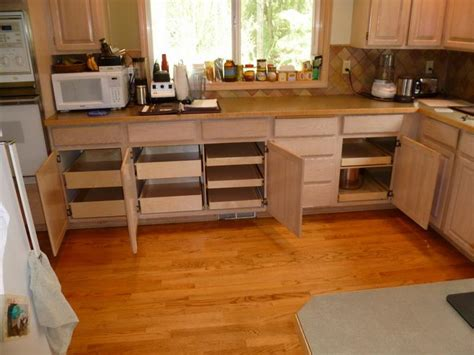 how to organize kitchen cabinets and drawers simple tips