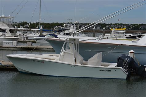 24 center console boats for sale 2013 used regulator 24 fs center console fishing boat for
