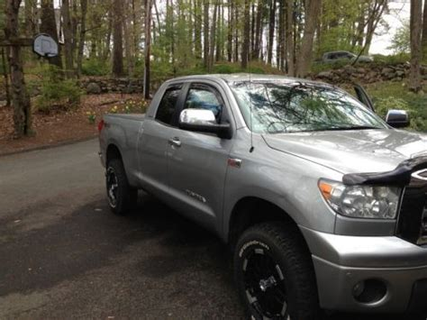 Toyota Tundra Synthetic Sell Used 2009 Toyota Tundra Limited Cab 4x4 5 7l