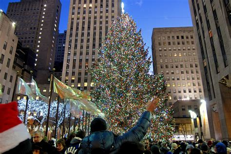 how many lights are on rockefeller christmas tree rockefeller center tree lighting in nyc with special guests