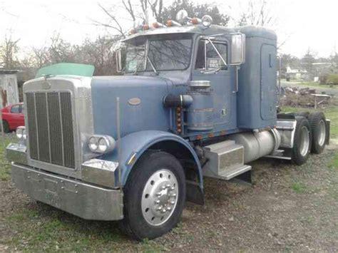 Freightliner 84 Inch Sleeper For Sale by Peterbilt 359 1984 Sleeper Semi Trucks