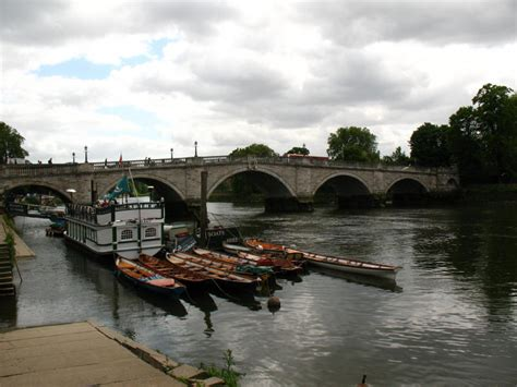 river thames boat yards small boat hire thames boat hire