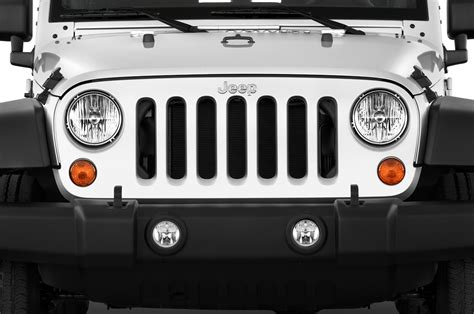 Jeep Wrangler Grille 2015 Jeep Wrangler Reviews And Rating Motor Trend