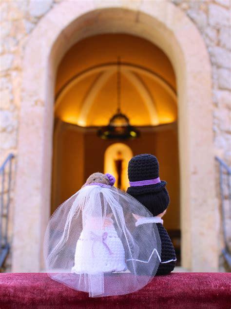 happy bride  groom tremendu crochet