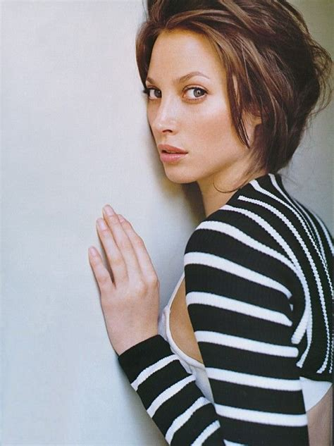 kristy turligton short hair 15 best images about christy turlington on pinterest