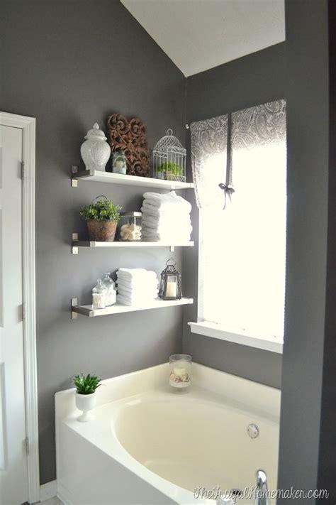 Decorative Bathroom Shelving 25 Best Ideas About Grey Bathroom Decor On Pinterest Bathroom Ideas Small Bathroom Colors