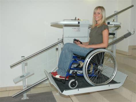 pedana montascale montascale centaurus montascale per disabili e anziani