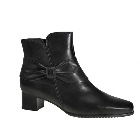 gabor boots dreamer leather ankle boot in black