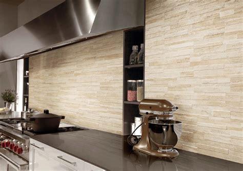 piastrelle effetto pietra parete piastrelle gres rivestimento pareti moderno effetto pietra