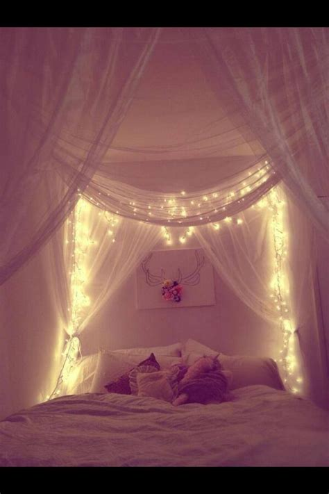 Betthimmel Mit Lichterkette by Four Poster Bed Canopy And Lights Things I Want