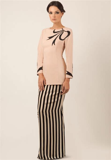 pattern baju kurung kedah baju kurung kedah with ribbon motive my hantaran dulang