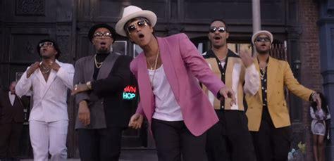 uptown funk uptown funk lyrics
