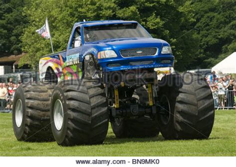 wheels bigfoot truck bigfoot truck trucks suv ford up car