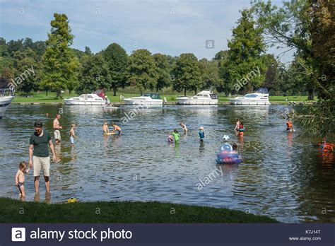 thames river swimming swimming in the thames stock photos swimming in the
