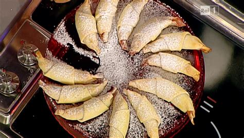 moroni dolci di casa la prova cuoco ricetta cornetti alla ricotta di