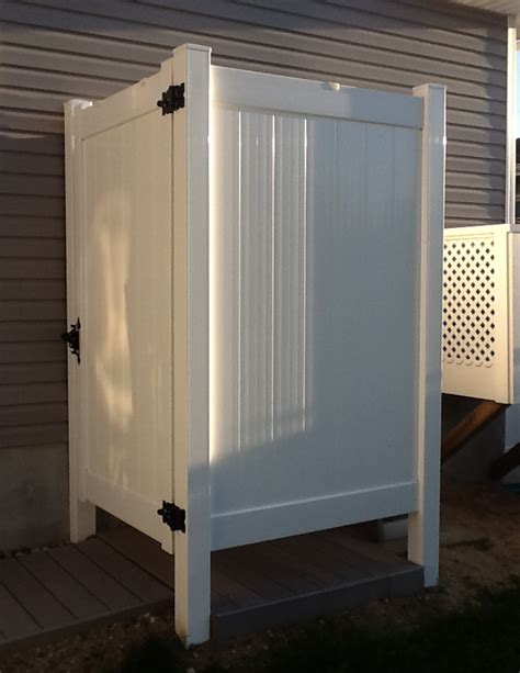 Liquid Outdoor Shower by Photos Of Outdoor Shower Enclosures For Outside Showers