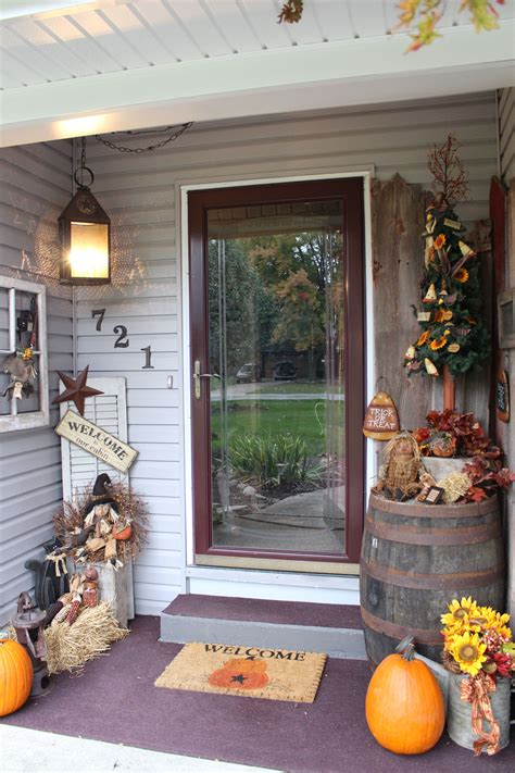 primitive front porch ideas bing images  love fall
