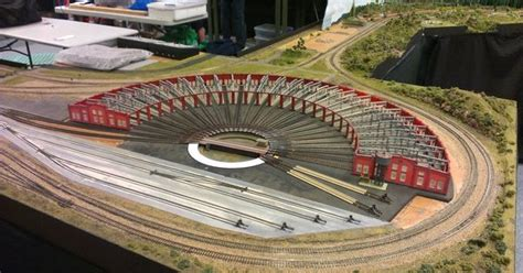 model railway electrics for beginners model trains for beginners ho scale turntable model