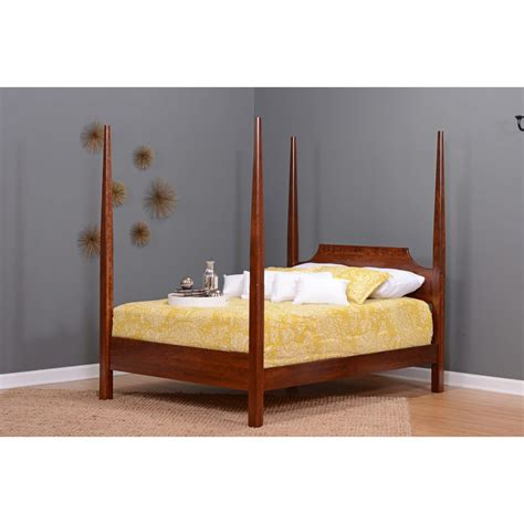 pencil post bed pencil post bed amish crafted furniture