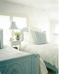 coastal cottage bedroom top 25 best cottage bedrooms ideas on