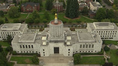Style 5 Salem salem oregon aerial view of the state capitol building