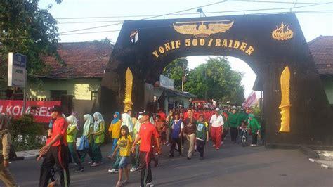 Batik Garuda Gajah Mada Satuan jalan sehat yon 500