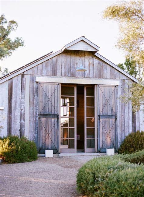 barn inspired homes trending now barn houses to barn inspired details