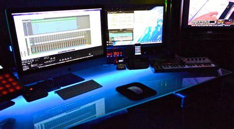 Home Recording Studio Using Mac 15 Envious Home Computer Setups Inspirationfeed
