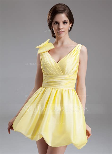 a linie v ausschnitt kurz mini taft satin wie seide brautjungfernkleid mit gefaltet p447 a linie princess linie v ausschnitt kurz mini taft