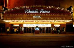 Cadillac Theater Restaurants Near Chicago Nightlife Rediscover The Windy City