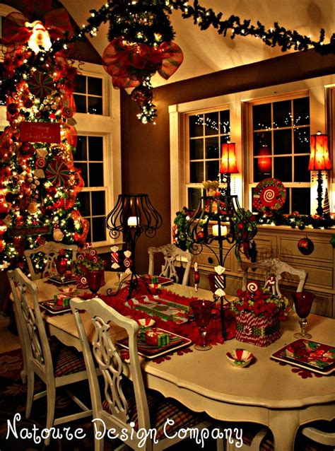 Dining Room Christmas Decorations by 17 Best Ideas About Christmas Dining Rooms On Pinterest