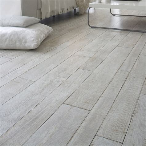 Laminate Flooring Designs Tile Look Laminate Tile Design Ideas