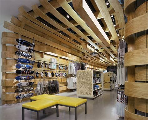 Costa Mesa Interior Design by Quiksilver Mens Store By Clive Wilkinson Architects