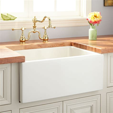 Apron Sink by 24 Quot Fireclay Reversible Farmhouse Sink Smooth Apron