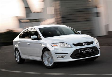 family car ford ford mondeo is what car green family car