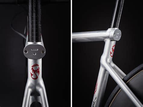 designboom kickstarter t 176 red bikes debuts manaia aluminum alloy road cycle on