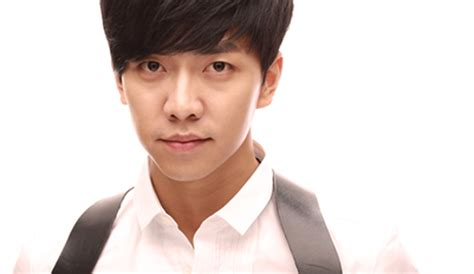lee seung gi you re all surrounded lee seung gi s character shot for you re all surrounded