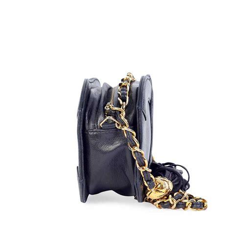 Chanel Vintage Heirloom Chanel Side Chain Shoulder Bag Review by Chanel Vintage Cc Mini Tassel Shoulder Bag Luxity