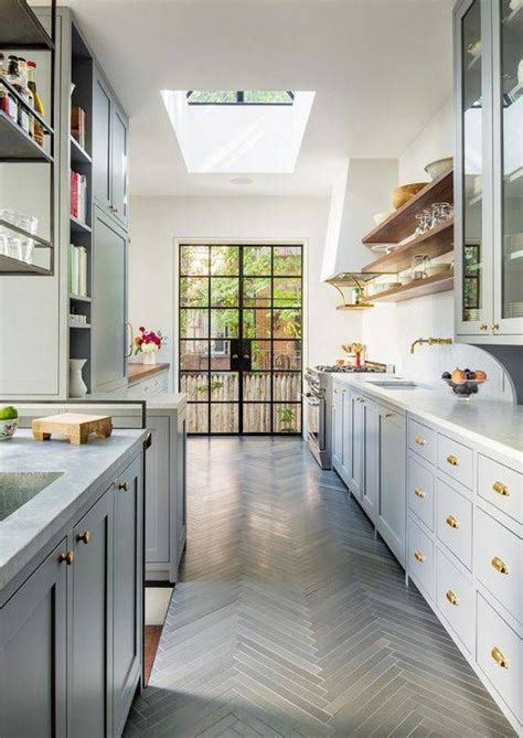 galley kitchen meaning 17 best ideas about small galley kitchens on