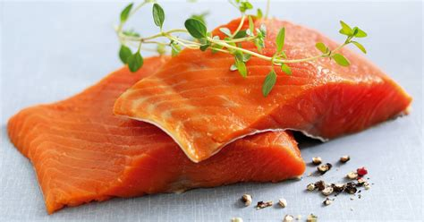 Fresh Trouth Salmon Fillet 400gr salmon fillet 400 gr naturally