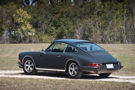 Porsche 70er by 1969 Porsche 911 S Automotive Views