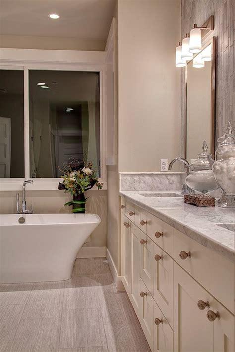 Studio 212 Interiors by Vanity Bathroom Studio 212
