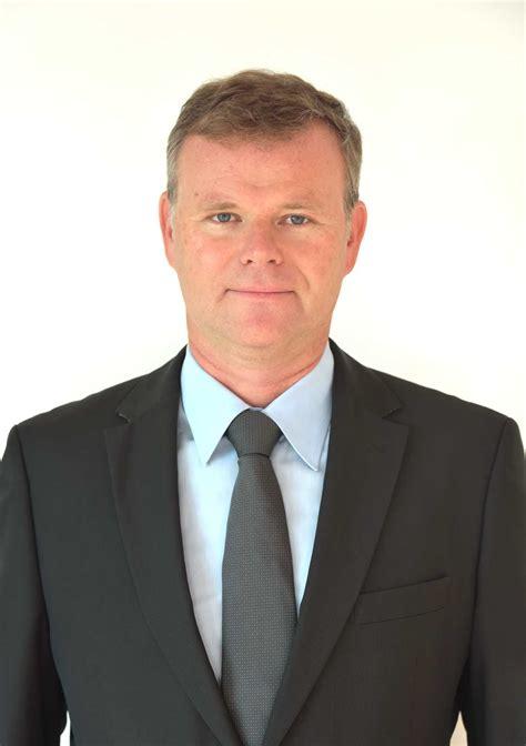 beruft robert wigger zum chief business officer