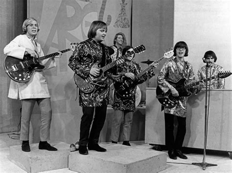 strawberry alarm clock pas le bastion le plus connu de l acid rock