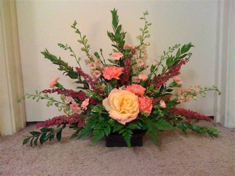 how to make a floral arrangement how to make a fan arrangement floral design