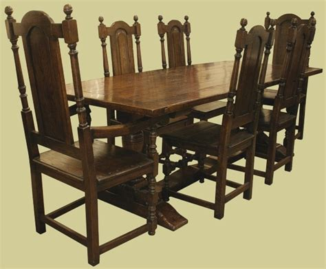 period style oak pedestal table and chairs as a complete