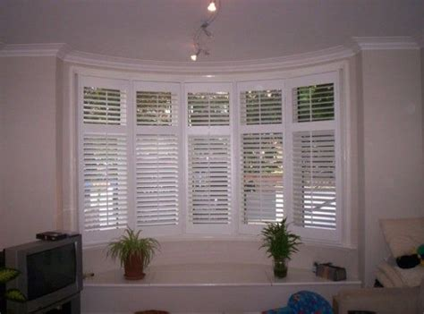 bow window treatments pictures 25 best ideas about bow windows on bow window