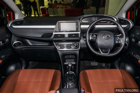 Headl Sienta Type Q 2016 Led toyota sienta mpv launched in malaysia fr rm93k
