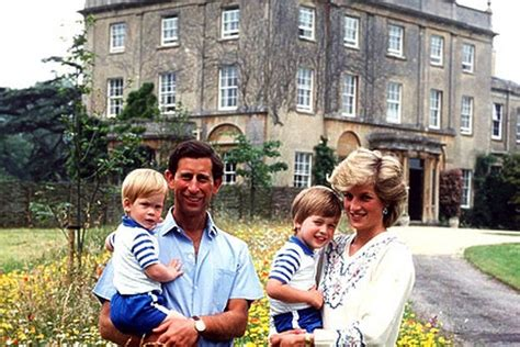 royalty highgrove house  country home  prince
