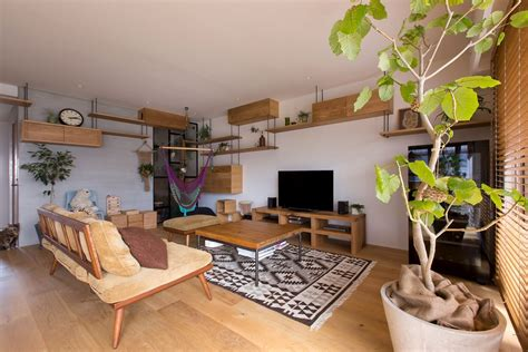 This Creative Japanese Apartment is a Space Savvy Cat Haven!